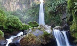 Read more about the article Menikmati Indahnya Air Terjun Coban Talun Kota Batu