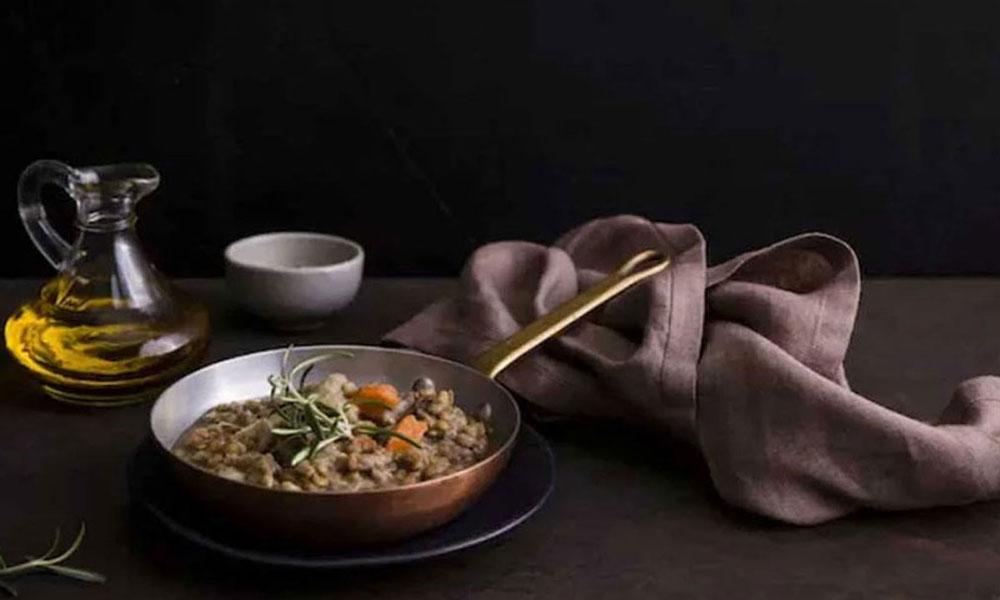 Read more about the article 7 Tips Menghasilkan Dark Mood Food Fotografi Yang Cantik